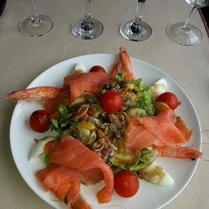 Salade au saumon fumé entrée